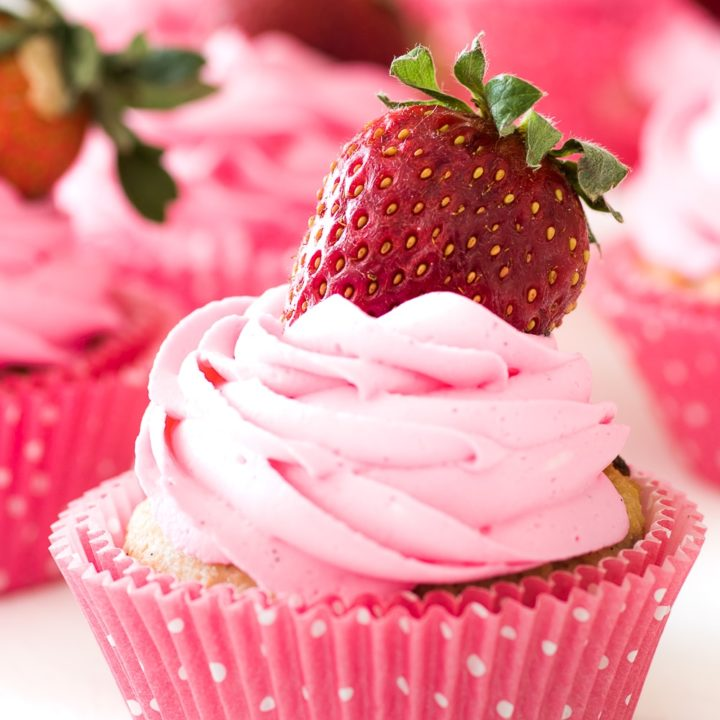 Low Carb Strawberry Cupcakes with Vanilla Frosting