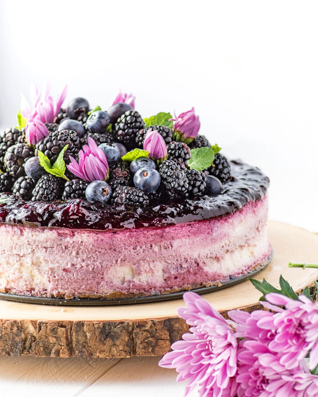 Low Carb Blackberry Cheesecake