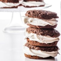 Keto Whoopie Pies With Marshmallow Filling (Low Carb & Gluten Free)