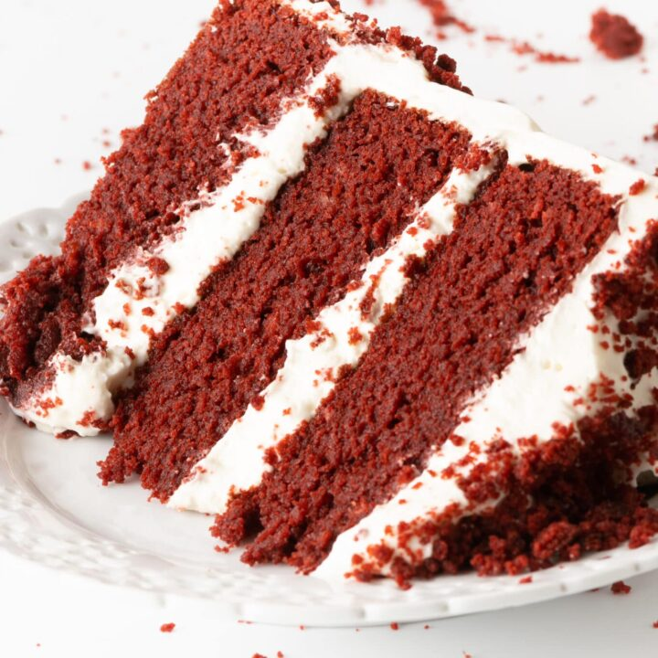 Low Carb Red Velvet Cake With Cream Cheese Frosting